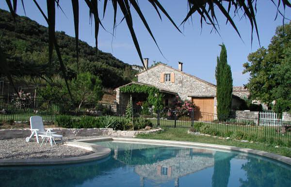 Ferienhaus 'Grange de la Combe' im Ort Goudargues