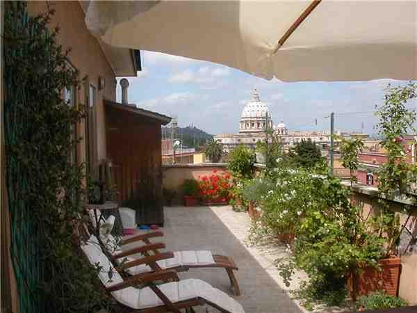 Ferienwohnung 'Attico S. Pietro' im Ort Rom