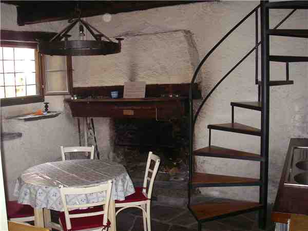 Holiday house Grosser Rustico von 1490, Mondada (Cavergno), Bavona Valley, Ticino, Switzerland, picture 3