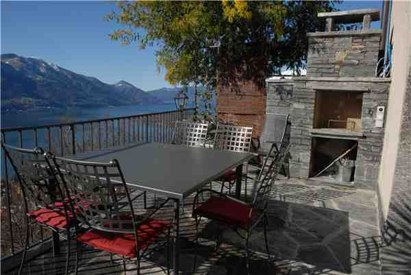Holiday apartment Turmhaus, Brione s/Minusio, Lake Maggiore (CH), Ticino, Switzerland, picture 6