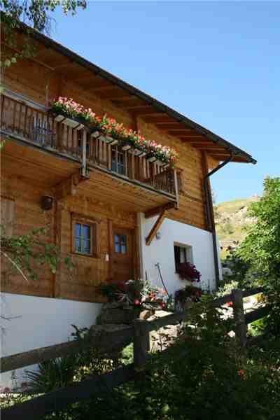 Ferienwohnung 'Haus Feltscher' im Ort Wergenstein
