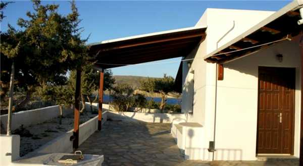 Holiday house Kalithea, Pachena, Milos, Cyclades, Greece, picture 1