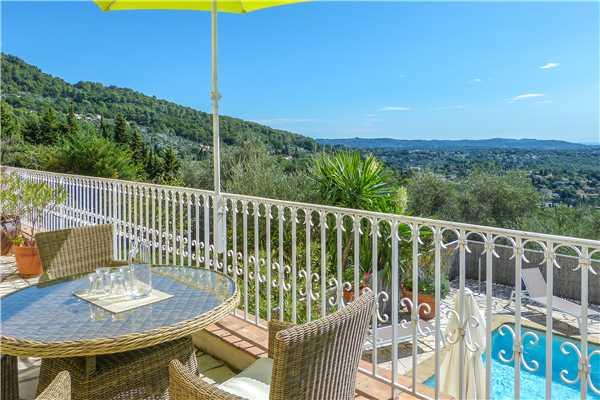 Ferienhaus 'Villa mit Pool und Weitblick im Hinterland von Cannes' im Ort Cabris