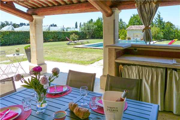 Ferienhaus 'Provenzalisch renoviertes Ferienhaus mit Pool bei L'Isle-sur-la-Sorgue' im Ort L'Isle sur la Sorgue