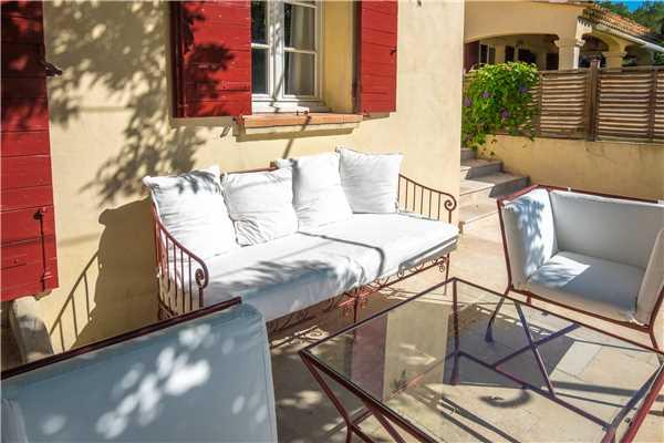 Ferienhaus 'Provenzalisches Ferienhaus für 4 Personen mit Pool bei Aix-en-Provence' im Ort Vauvenargues