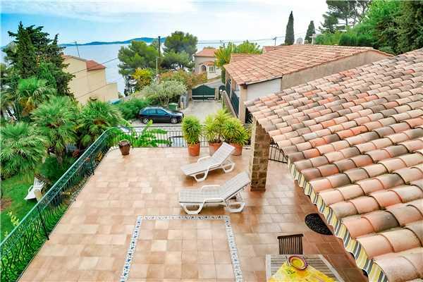 Ferienhaus Komfortable Villa für 8 Personen mit Pool, Meerblick und direkt am Strand in Südfrankreich, Carqueiranne, Côte d'Azur, Provence - Alpen - Côte d'Azur, Frankreich, Bild 19