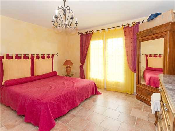 Ferienhaus Komfortable Villa für 8 Personen mit Pool, Meerblick und direkt am Strand in Südfrankreich, Carqueiranne, Côte d'Azur, Provence - Alpen - Côte d'Azur, Frankreich, Bild 10