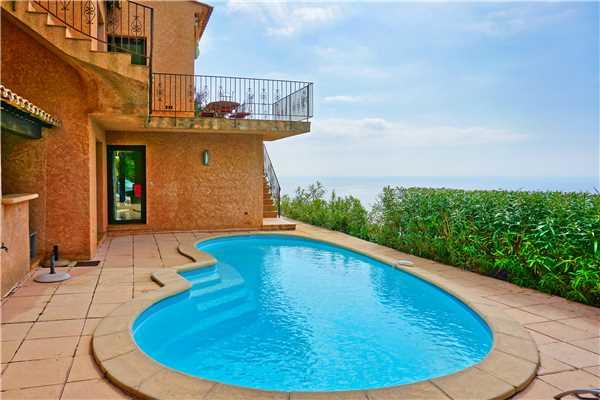 Ferienhaus Villa mit Pool und panorama Meerblick für 6 Personen in Südfrankreich, Cavalaire, Côte d'Azur, Provence - Alpen - Côte d'Azur, Frankreich, Bild 9