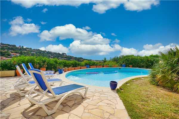 Ferienhaus 'Villa für 6 Erwachsene und 2 Kinder mit Pool und Meerblick in Südfrankreich' im Ort Les Issambres