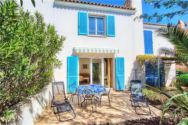 Ferienhaus 'Reihenhaus für 4-5 Personen mit Pool in der Domaine in Südfrankreich' im Ort Les Issambres