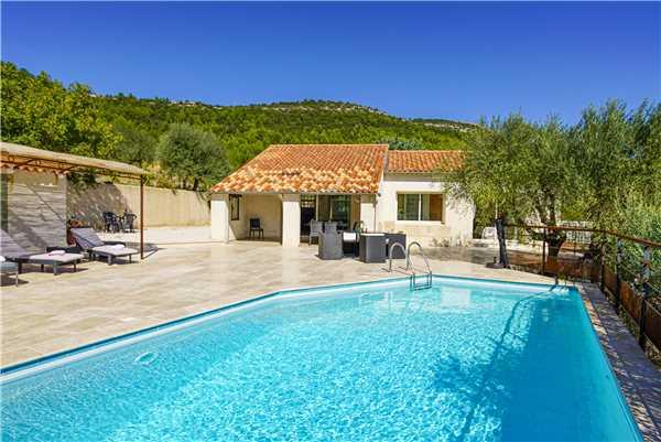 Ferienhaus 'Provenzalisches Ferienhaus mit privatem Pool in ruhiger Lage außerhalb von Sollies-Toucas' im Ort Solliès Toucas