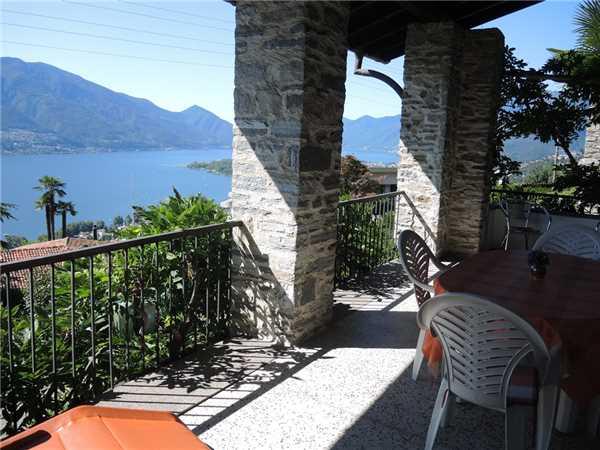 Ferienhaus Testa Nera Casa, Brione s/Minusio, Lago Maggiore (CH), Tessin, Schweiz, Bild 14