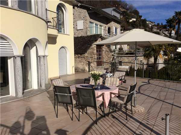 Ferienhaus 'Villa Tropicana' im Ort Brione s/Minusio