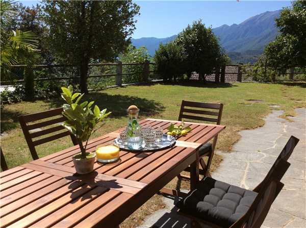 Ferienhaus 'Casa Fiore di Lago' im Ort Locarno-Monti