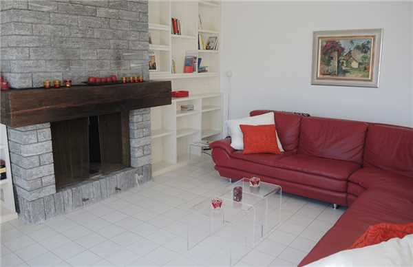 Holiday apartment Attikawohnung La Robinia, Brione s/Minusio, Lake Maggiore (CH), Ticino, Switzerland, picture 4